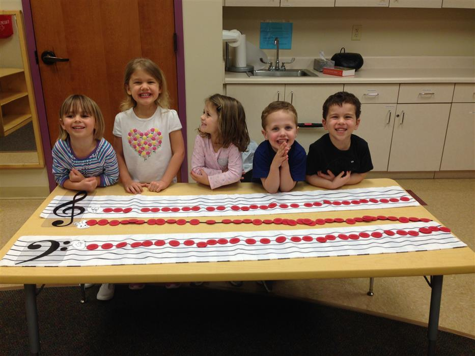 Preschool piano classes also help prepare for school!